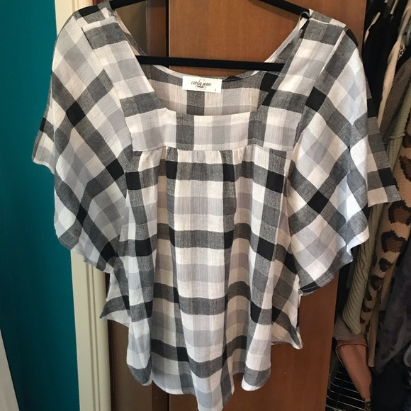 Carly Jean Los Angeles McKenna Plaid Blouse  NWOT!